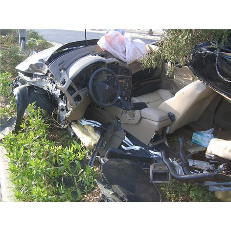 Volvo C70 BAD ACCIDENT- Gulf Road Kuwait